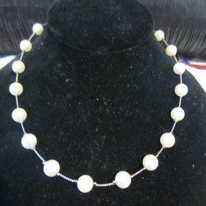 VINTAGE Girls' Pearl Necklace